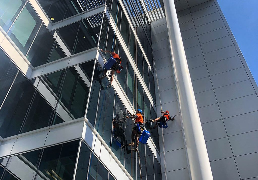 Window and Facade Cleaning Safetek Sydney (3)